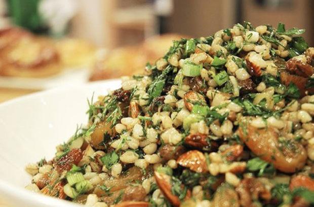 Kuru-Meyveli-Bugday-Salatasi-Tarifi